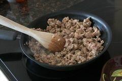 «Фаршированный перец по-мексикански» - приготовления блюда - шаг 2