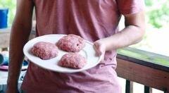 «Бургеры с беконом и сыром Чеддер» - приготовления блюда - шаг 2