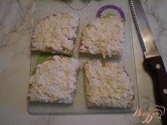 «Канапе с двумя видами сыра и маринованными яйцами» - приготовления блюда - шаг 4