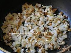«Хлеб с жареным луком» - приготовления блюда - шаг 4