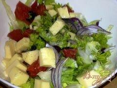«Салат с айсбергом, помидорами и моцарелой» - приготовления блюда - шаг 6