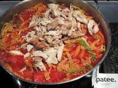 «Красный борщ с фасолью и савойской капустой» - приготовления блюда - шаг 12