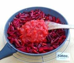 «Красный борщ с фасолью и савойской капустой» - приготовления блюда - шаг 9