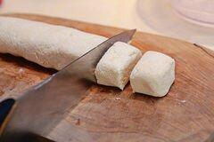 «Сырники с манкой» - приготовления блюда - шаг 3