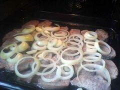 «Свинина по-немецки» - приготовления блюда - шаг 9