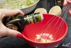 """«Заправка для салата """"Цезарь""""» - приготовления блюда - шаг 4"""