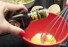 """«Заправка для салата """"Цезарь""""» - приготовления блюда - шаг 5"""