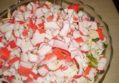 """«Салат с крабовыми палочками и листьями салата """"Фриллис""""» - приготовления блюда - шаг 5"""