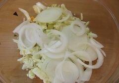 «Овощной салат с абрикосами» - приготовления блюда - шаг 5