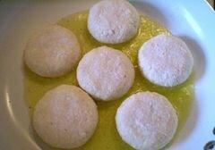 «Сырники без муки с ячменными пластивцами» - приготовления блюда - шаг 4