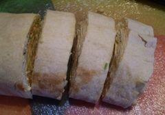 «Рулет из лаваша с крабовыми палочками» - приготовления блюда - шаг 7
