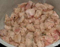 «Мясо с черносливом в мультиварке» - приготовления блюда - шаг 2