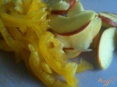 «Фасолевый салат с яблоком и беконом» - приготовления блюда - шаг 2