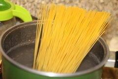 «Паста с креветками в сливочном соусе» - приготовления блюда - шаг 1