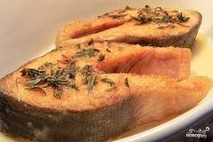 «Горбуша в мультиварке с картошкой» - приготовления блюда - шаг 6