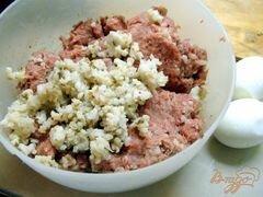 «Тефтели с гречкой и варёным яйцом в томатном соусе.» - приготовления блюда - шаг 1