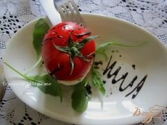 «Томат-Моцарелла (салат)» - приготовления блюда - шаг 4