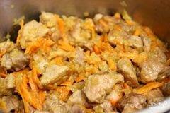 «Картофель тушёный с мясом» - приготовления блюда - шаг 3