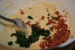 «Кексы с беконом и помидорами» - приготовления блюда - шаг 4