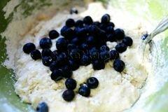 «Пышные оладьи на молоке» - приготовления блюда - шаг 5