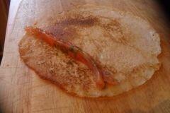 «Блины с форелью» - приготовления блюда - шаг 3