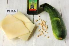 «Рулетики из цуккини с сыром» - приготовления блюда - шаг 1