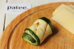 «Рулетики из цуккини с сыром» - приготовления блюда - шаг 8