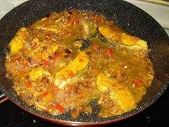 «Лосось, тушеный в соусе из куркумы с кусочками сливы» - приготовления блюда - шаг 8