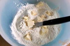 «Сконы или сырные лепешки» - приготовления блюда - шаг 1
