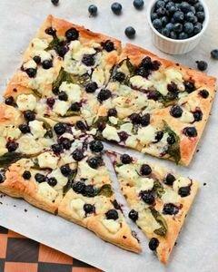 «Пицца с черникой» - приготовления блюда - шаг 9