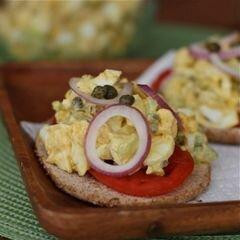 «Яичный салат с каперсами» - приготовления блюда - шаг 2