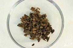 «Куриные котлеты фаршированные грибами» - приготовления блюда - шаг 2