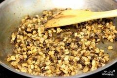 «Куриные котлеты фаршированные грибами» - приготовления блюда - шаг 3