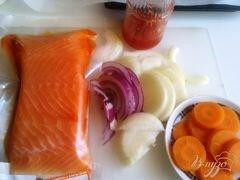 «Запеченная форель с овощами под соусом» - приготовления блюда - шаг 1