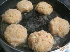 «Рыбно-картофельные котлеты» - приготовления блюда - шаг 4