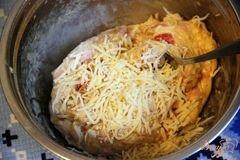 «Закусочный кекс с ветчиной, горчицей и сыром» - приготовления блюда - шаг 5