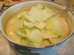«Кекс с яблоками и шоколадом» - приготовления блюда - шаг 2