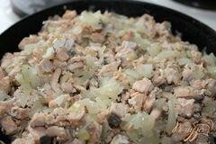 «Горячий рыбный рулет из лаваша» - приготовления блюда - шаг 3