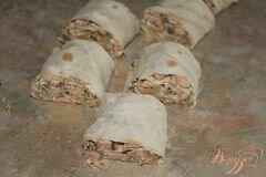 «Горячий рыбный рулет из лаваша» - приготовления блюда - шаг 5