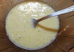 «Теплый салат с омлетом и курицей» - приготовления блюда - шаг 2