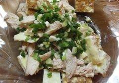 «Теплый салат с омлетом и курицей» - приготовления блюда - шаг 7