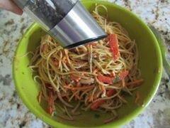«Арахисовые спагетти с кунжутом» - приготовления блюда - шаг 10