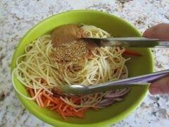 «Арахисовые спагетти с кунжутом» - приготовления блюда - шаг 8