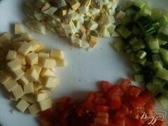 «Овощной салат с хрустящим беконом» - приготовления блюда - шаг 2