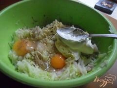 «Рыбно-кабачковые оладьи» - приготовления блюда - шаг 3
