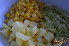 «Картофельный салат с корнишонами» - приготовления блюда - шаг 2