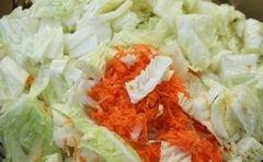 """«Салат с пекинской капустой и дайконом """"Пикантный""""» - приготовления блюда - шаг 4"""