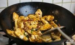 «Курица с овощами в воке» - приготовления блюда - шаг 6