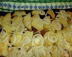 «Картофель маринованный, запеченный с луком» - приготовления блюда - шаг 5