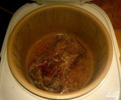 «Говядина куском в мультиварке» - приготовления блюда - шаг 4